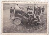 bnk foto - Fotografie interbelica - Accident de masina