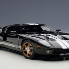 AUTOart Millenium Ford GT 2004 1:18