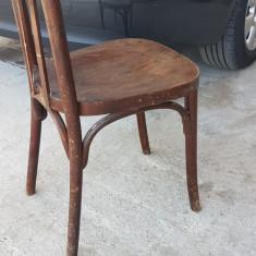 Scaun vechi, antic