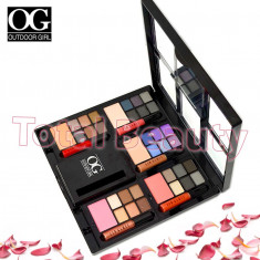 Trusa Machiaj Take Me Out Premium Pallete cu pudra, blush si Lip Gloss - Trusa make up