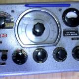 Aparat masura cu lampi RLC 221 Multimetru punte anii 50 pt radio tv vechi german