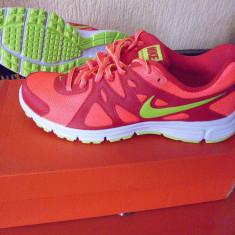 NIKE produs original 41 42 NOI in cutie tenisi pantofi sport - Adidasi dama Nike, Culoare: Din imagine, Textil