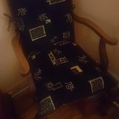 Fotolii scaun cu brate de lemn - Fotoliu living