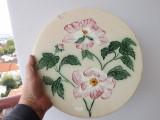 Farfurie din majolica cu diametrul de 33 cm,din sec.XIX.