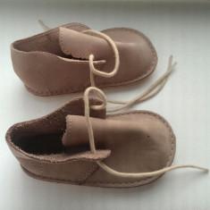 Pantofiori Zara Mini piele intoarsa bej marimea 17-18 - Pantof barbat Zara, Marime: Alta