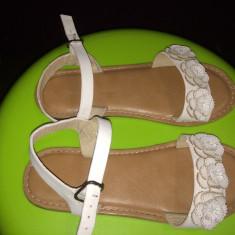 Sandale Next piele ecologica, impecabile, mar. 32 - Sandale copii Next, Culoare: Alb