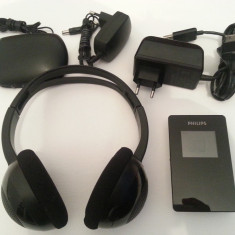Mp3 player Philips GoGear 30GB HDD6330 + casti wireless fara fir Philips SHC1300, Negru, Display