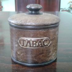 Tabachera veche Caseta tabac din portelan imracat in piele