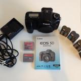 Canon EOS 5D 12.8 MP Camera DSLR - Negru + 4 baterii + 2 carduri CF + manual Eng - DSLR Canon