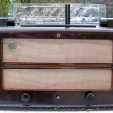 Radio 1941 Philips model 845U lampi fabricat in Olanda WWII - Aparat radio Philips, Analog, 121-160 W