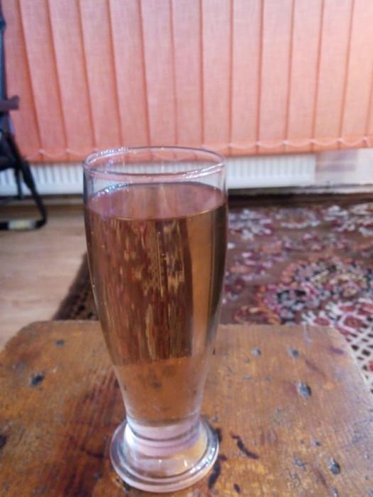 Vand vin natural