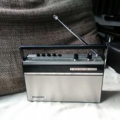 Radio portabil Grundig Record Boy, vintage. - Aparat radio