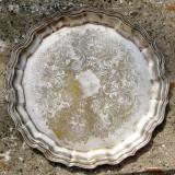Lot 4 tavi vechi placate cu argint diferite marimi
