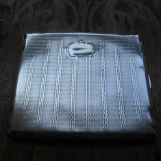 Tabachera veche de argint masiv