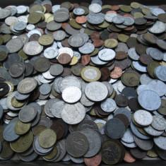 Lot (2) mare 1000 monede vechi romanesti si straine, monezi bani diverse tari - Moneda Romania