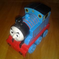 Mattel / Locomotiva Thomas / cca. 14 cm - Masinuta
