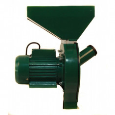 Moara electrica cu ciocanele verde pentru uruiala