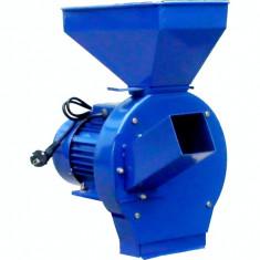 Moara electrica cu ciocanele nr. 4 Micul Fermier motor 2.5kw - 3000rpm