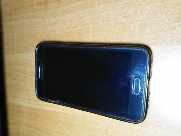 Samsung Galaxy A3, 4G, 1.5GB RAM, 16GB foto mare