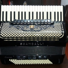 Acordeon Scandalli Super VI