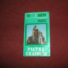 Colectia Muntii Nostrii -Muntii Piatra Craiului - (cu harta) - Ghid de calatorie