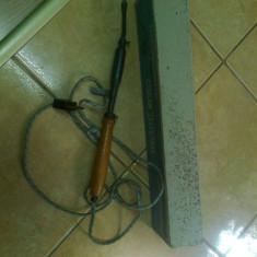 Letcon, pistol de lipit, perioada comonista