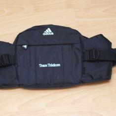 Borseta sport de talie Adidas