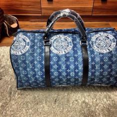 Geanta de voiaj/sala/travel/gym bag Louis Vuitton Denim model 2017 UNIC IN RO!!! - Geanta Barbati Louis Vuitton, Marime: Masura unica, Culoare: Din imagine, Geanta de sold