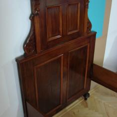 Set de doua paturi din lemn masiv stil Alt Deuche, Paturi si seturi dormitor, 1900 - 1949