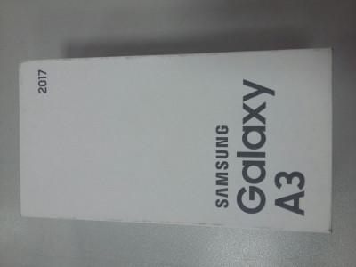 Samsung Galaxy A3 2017 16GB 4G Gold (Nou, sigilat, cu garantie) foto