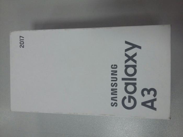 Samsung Galaxy A3 2017 16GB 4G Gold (Nou, sigilat, cu garantie) foto mare