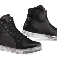 MXE Pantofi TCX Street ACE WP Cod Produs: XS9400W42AU