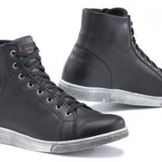 MXE Pantofi TCX X-Street WP Cod Produs: XS9526W42AU