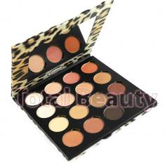 Trusa Farduri 16 culori Delightful, Premium Edition - Fard pleoape