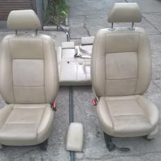 Scaun e fata spate tapiterie piele crem/maro interior FORD MONDEO 2001-2007 - Scaune auto, MONDEO III (B5Y) - [2000 - 2007]