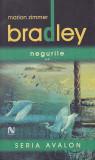 MARION ZIMMER BRADLEY - NEGURILE VOLUMUL 2