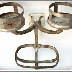 SUPORT VECHI DE BAIE PT. 2 PAHARE CU SĂPUNIERĂ, CONFECȚIONAT DIN BRONZ, VINTAGE! - Metal/Fonta, Ornamentale