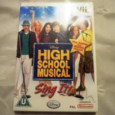 High School Musical Sing It, pentru Wii, original, PAL, alte sute de jocuri - Jocuri WII Altele, Simulatoare, 3+, Single player