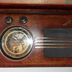 Radio vechi model geographic u super 438ag ingels functionabil - Aparat radio