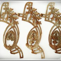 LOT 3 ORNAMENTE / DECORAȚIUNI VECHI FĂCUTE DIN FONTĂ, ORNATE CU FRUNZE ȘI FLORI - Metal/Fonta, Ornamentale