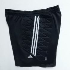 Pantaloni portar Adidas cu aparatori laterale; 92-120 cm talie elastica etc. - Poarta Fotbal