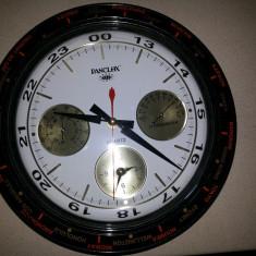 Ceas cuart, pentru perete,