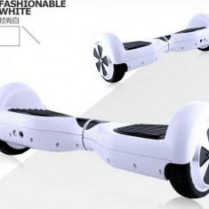 Scuter electric inteligent cu balansare - Hoverboard