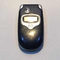 Telefon Motorola V300 / pentru piese (134), Negru, Nu se aplica, Neblocat, Fara procesor