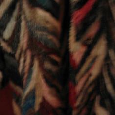 Haina de blana Versace Nurca colorata