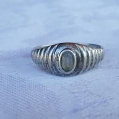 Inel argint cu piatra centrala VECHI superb SPLENDID de Efect vintage