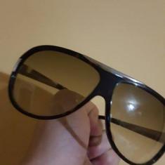 Ochelari Soare Emporio Armani - Ochelari de soare Emporio Armani, Unisex