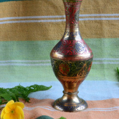 VAZA INALTA DIN ALAMA MAIVA, LUCRATA SI DECORATA MANUAL - Metal/Fonta, Vase