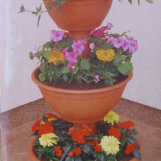Suport flori piramida mijlociu - Ghiveci