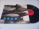 DISC VINIL TOM JONES/ENGELBERT HUMPERDINCK-FAMOUS POP SINGERS STARE FOARTE BUNA